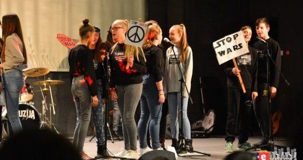 Mladi Bratunca: Rok muzika je stil života